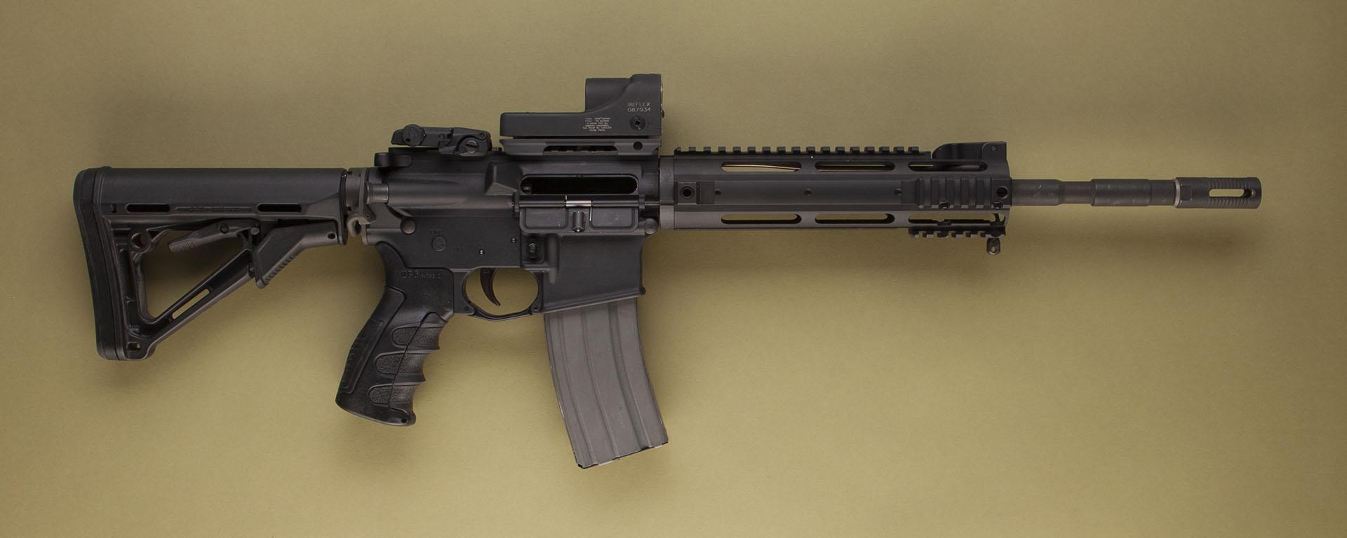 AR-15 (Bushmaster M4)